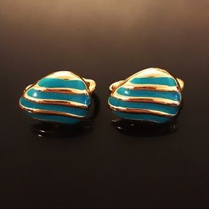 ✨Beautiful Signed AVON Vintage Stud Earring Clips